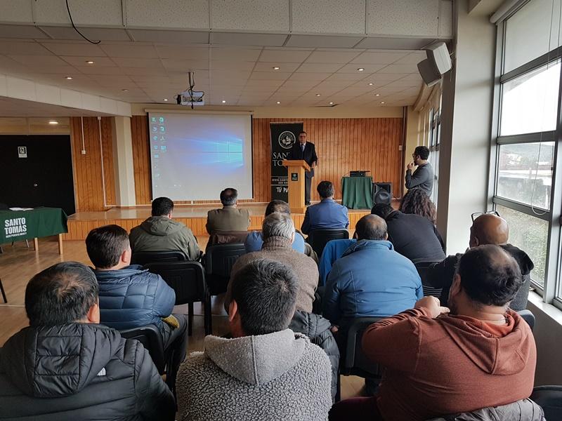 En Puerto Montt pescadores discuten proyecto de Ley Bentónica